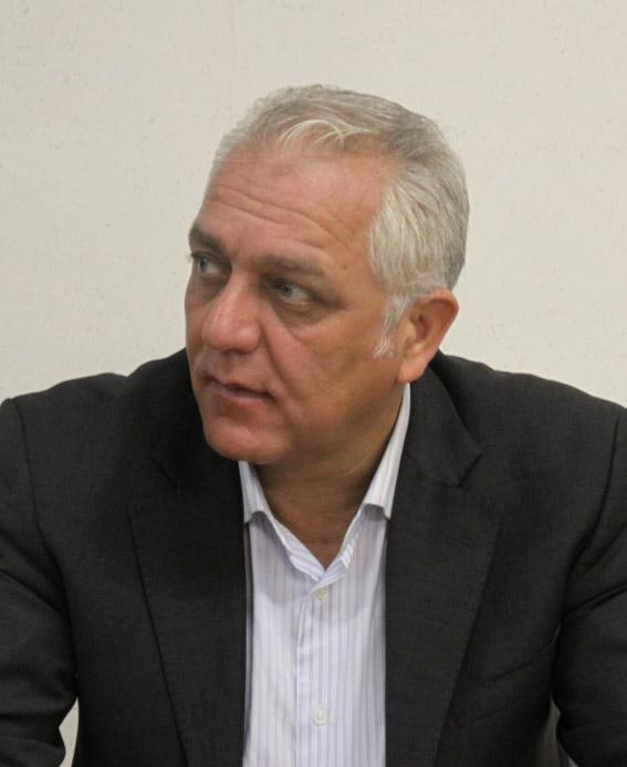احمد مقدسی مدیرعامل انجمن گاوداران صنعتی