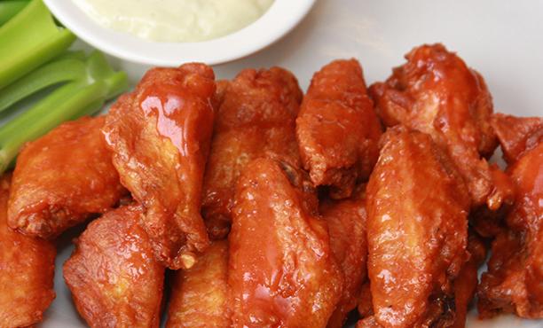 مصرف بیش از ۱٫۳ میلیارد بال مرغ برای سوپر بول در امریکا